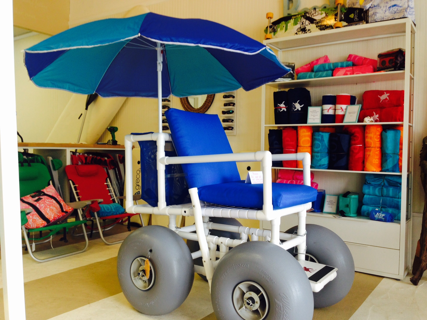 Beach Wheel Chairs & Beach Wheel Chairs - IOP Beach Chair